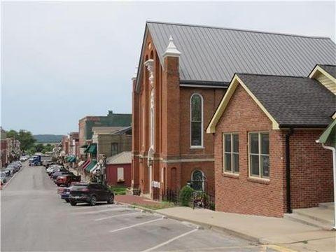 539 Main St, Weston, MO 64098