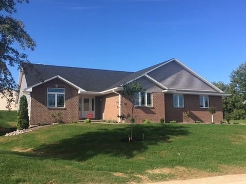 1112 Timber View Ter S, Quincy, IL 62305