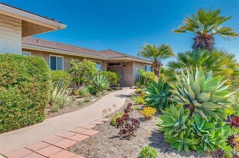 1348 Hacienda Dr, El Cajon, CA 92020