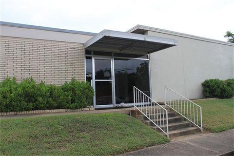 115 Church St, Navasota, TX 77868