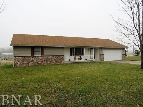 Photo of 7062 Richland Dr, Clinton, IL 61727