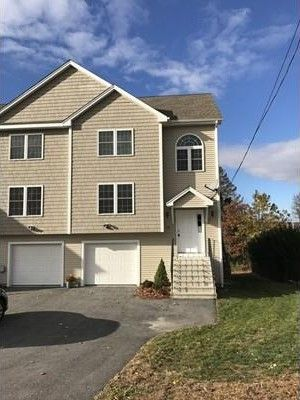 25 Angelo St, Worcester, MA 01604