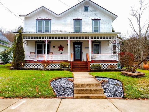 Photo of 608 Elm St, Tionesta, PA 16353