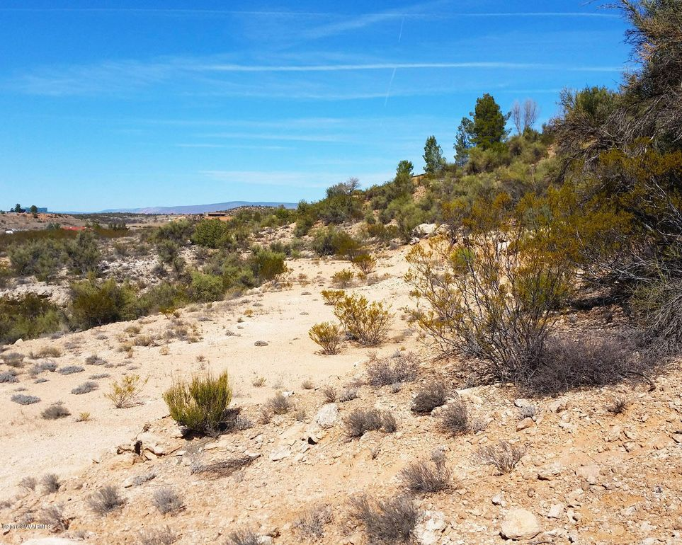 2 Greasewood Ln, Cornville, AZ 86325