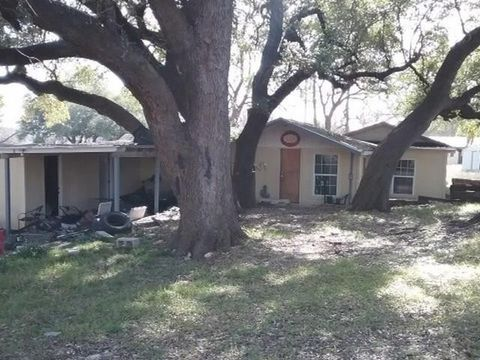 Photo of 181 County Road 1627, Clifton, TX 76634