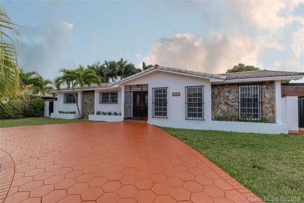 2424 Sw 104th Ct, Miami, FL 33165