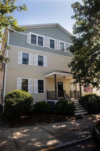 Photo of 9 1/2 Narragansett Ave Unit 4, Newport, RI 02840