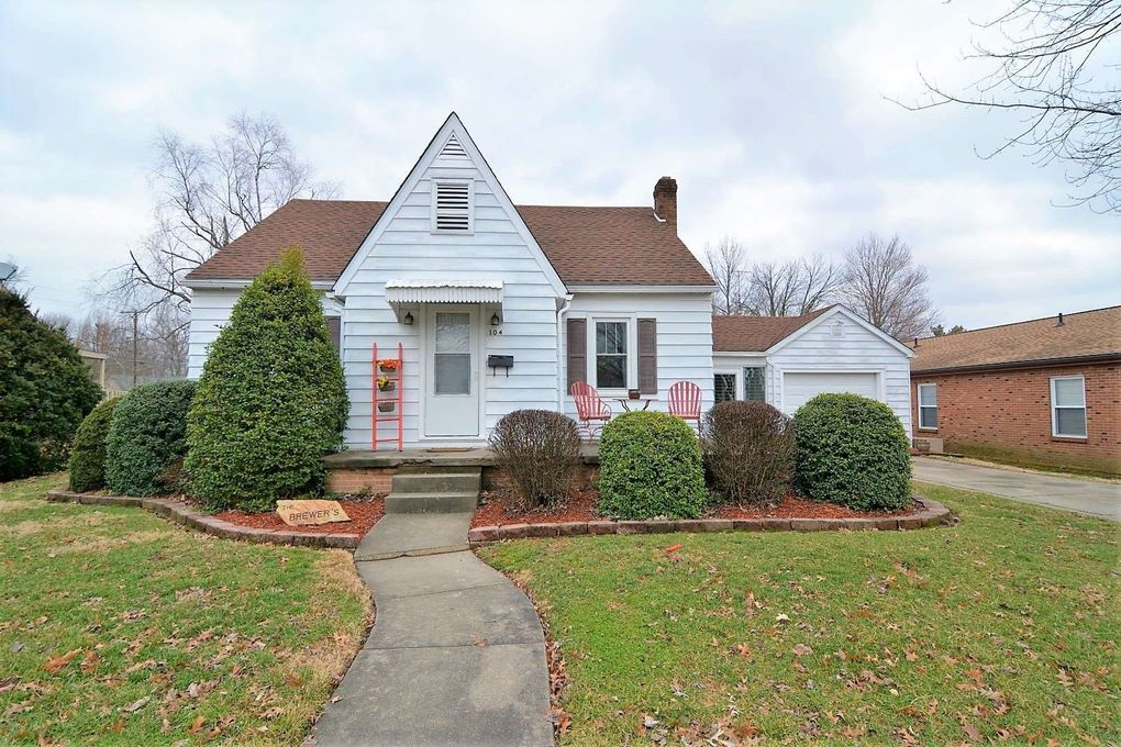 104 N Lincoln St, Fort Branch, IN 47648
