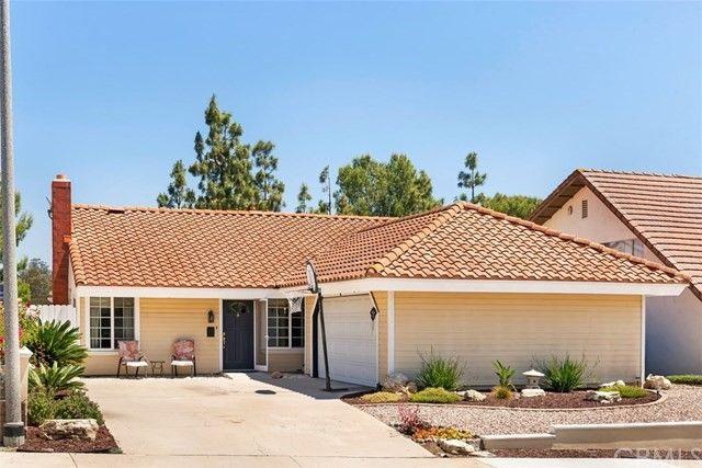 25412 Oak Leaf Rd, Laguna Hills, CA 92653