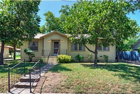 lampasas tx houses for sale with swimming pool