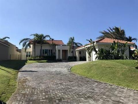 Photo of 130 Dorado Bch E, Dorado, PR