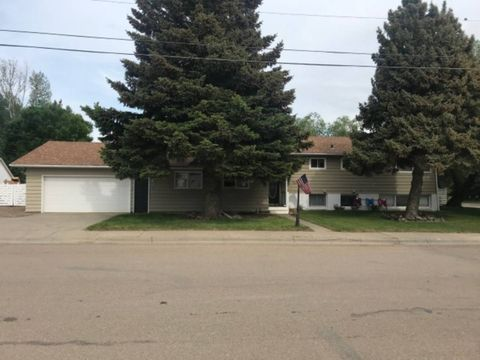533 S 5th Ave E, Malta, MT 59538