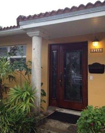 8290 Sw 90th St, Miami, FL 33156