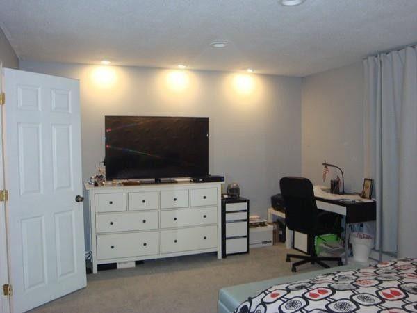 51 Meadow Ln, Bridgewater, MA 02324 - realtor.com®