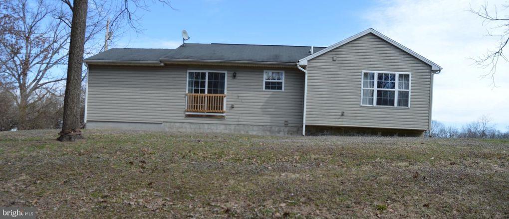 2566 Paynes Ford Rd, Martinsburg, WV 25405