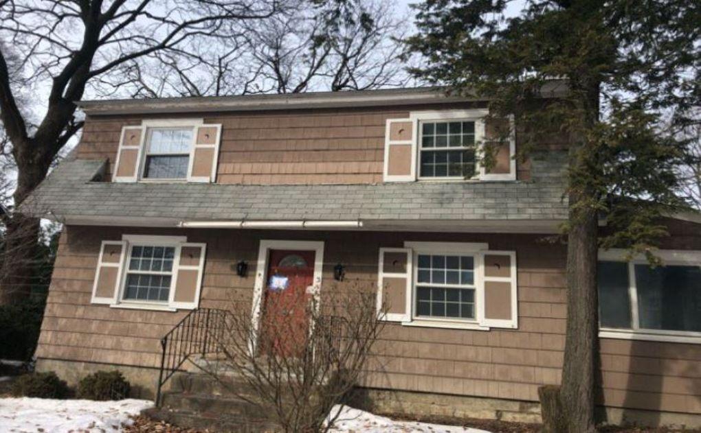 3 Rosa Rd, Schenectady, NY 12308
