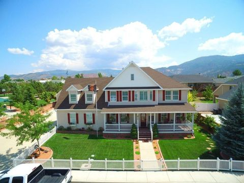 Enoch ut houses for sale with swimming pool for Homes for sale in utah with swimming pools