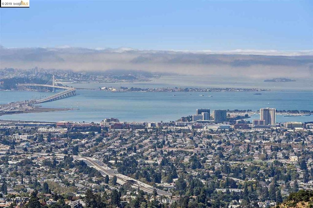 5810 Skyline Blvd, Oakland, CA 94611