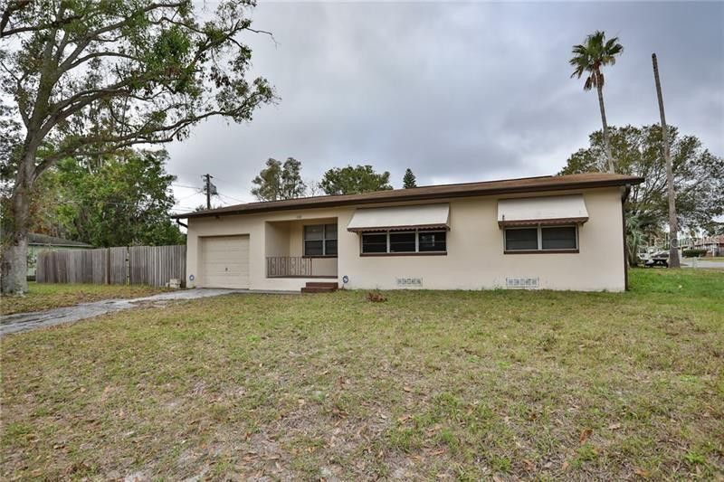 1333 Parkwood St, Clearwater, FL 33755