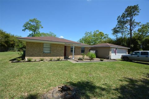 Photo of 6819 Avenue V, Santa Fe, TX 77510