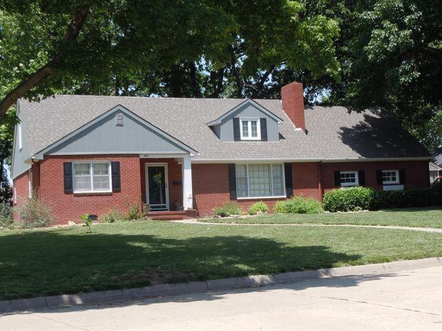 106 highland dr abilene ks 67410 home for sale real estate. Black Bedroom Furniture Sets. Home Design Ideas