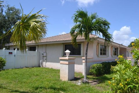 MECE Preschool and Kindergarten is located at the First United Methodist  Church in Boca Raton, near Mizner Park.