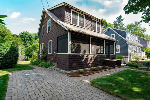 109 Spring St, Portsmouth, NH 03801