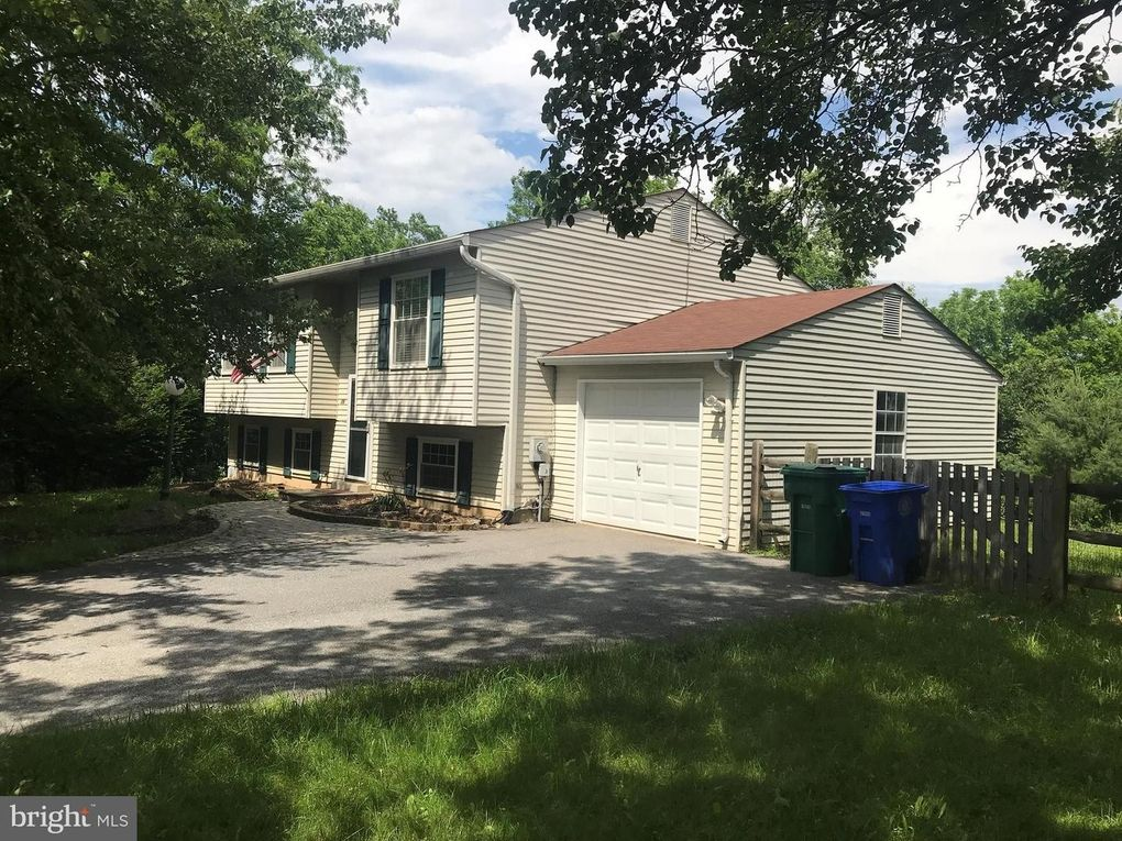 29 Bloom Ct N, Damascus, MD 20872