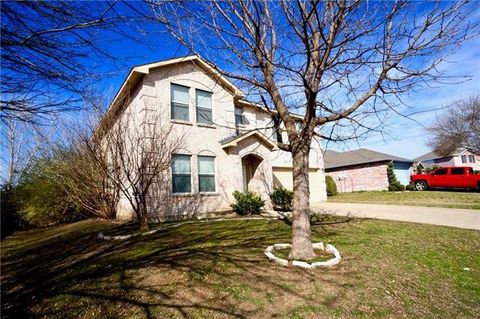 Photo of 1006 Chilton Dr, Wylie, TX 75098