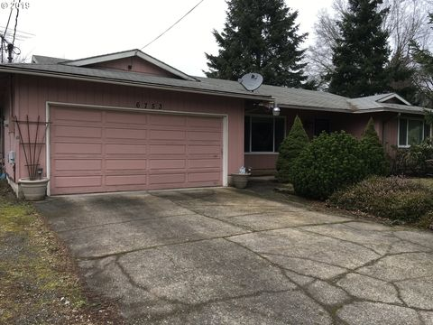 Photo of 6753 Se 134th Ave, Portland, OR 97236