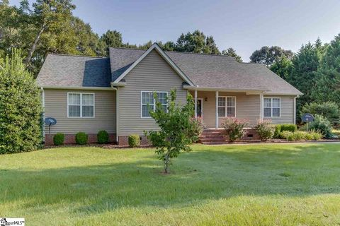 106 Quail Trl, Honea Path, SC 29654
