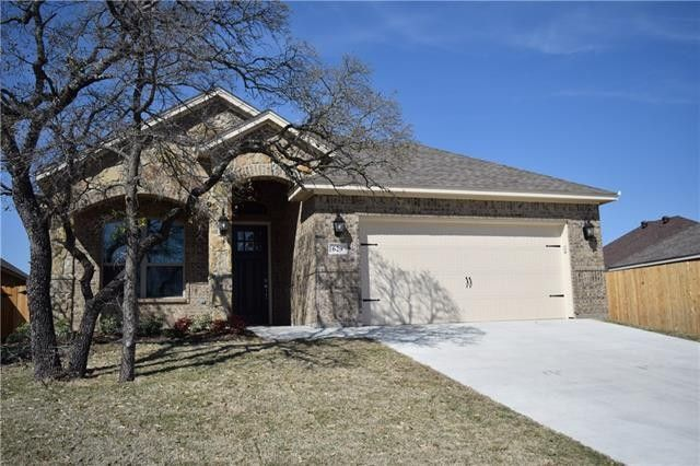 629 Zachary Dr, Weatherford, TX 76087