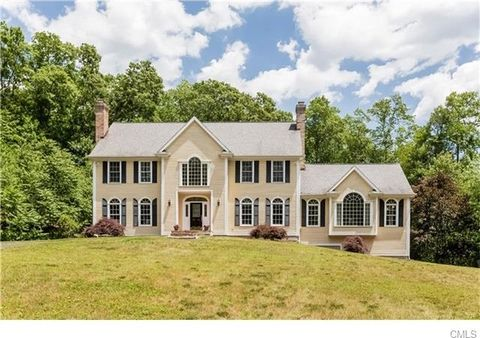 115 Old Stonewall Rd, Easton, CT 06612
