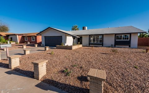 Photo of 5609 W Tierra Buena Ln, Glendale, AZ 85306