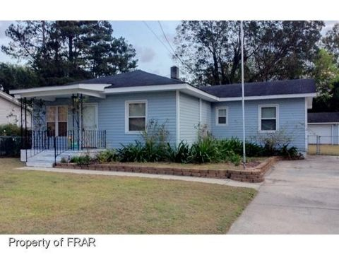 1714 Englewood Dr, Fayetteville, NC 28312