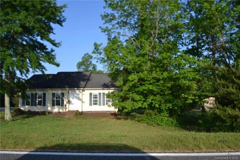 Photo of 3639 Lee Moore Rd, Maiden, NC 28650