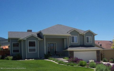 24 Lupine Ln, Battlement Mesa, CO 81635