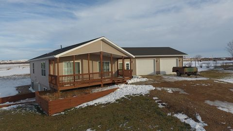 Photo of 2 Leisure Time Rd, Lake Andes, SD 57356