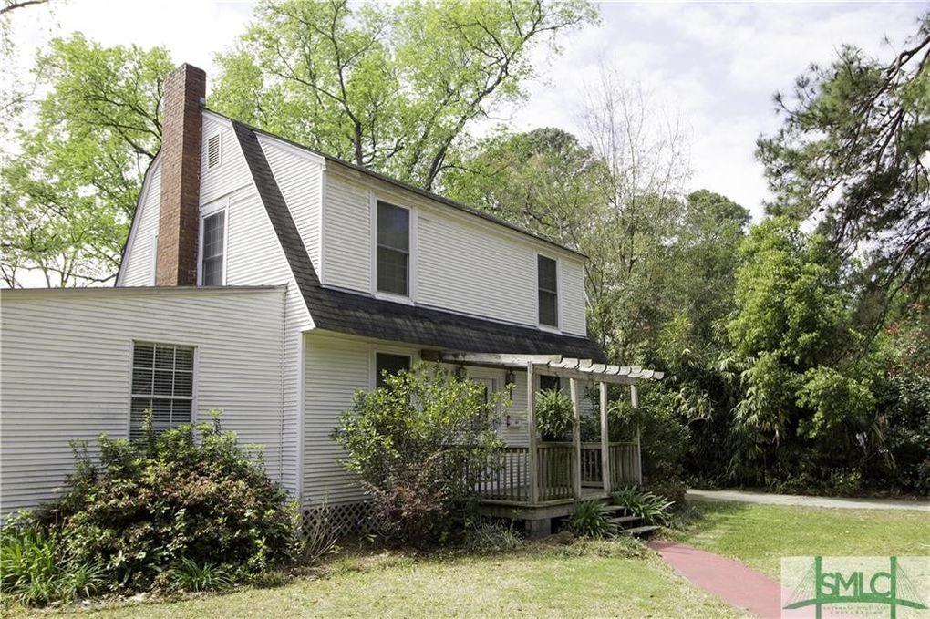225 E 57th St, Savannah, GA 31405