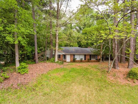 Photo of 5941 Hilderbrand Dr, Sandy Springs, GA 30328