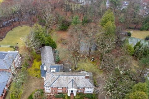 Photo of 120 Edmunds Rd, Wellesley, MA 02481