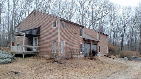Photo of 64 Beaumont Hwy Apt A, Lebanon, CT 06249