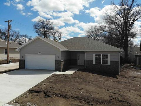 Photo of 1009 Arthur, Beatrice, NE 68310