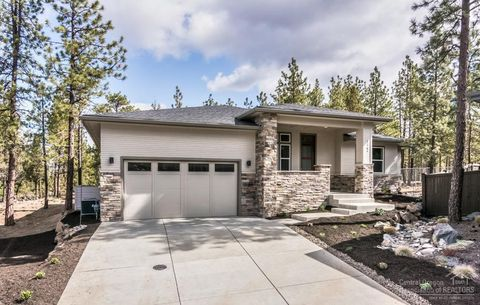 Photo of 62784 Idanha Ct, Bend, OR 97703