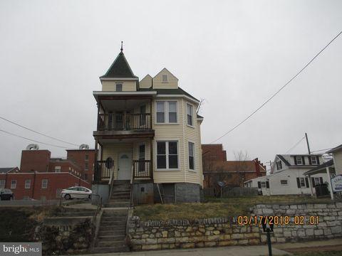 129 E John St, Martinsburg, WV 25401