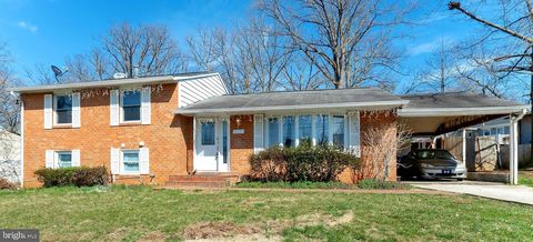 Photo of 5531 Ruxton Dr, Lanham, MD 20706
