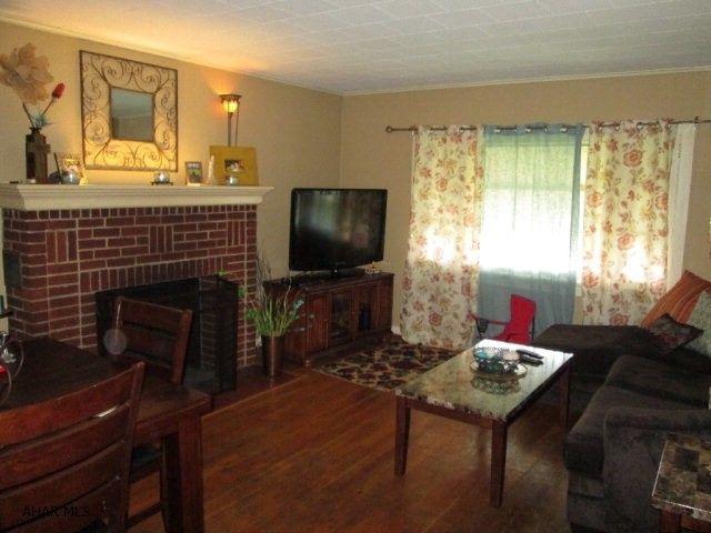 1633 Logan Ave, Altoona, PA 16602