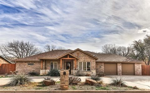 Photo of 1606 Avenue H, Abernathy, TX 79311