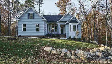 2308 Water Front Dr, Willow Springs, NC 27592