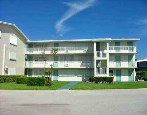 Photo of 210 Horizon St E Unit 209, Boynton Beach, FL 33435